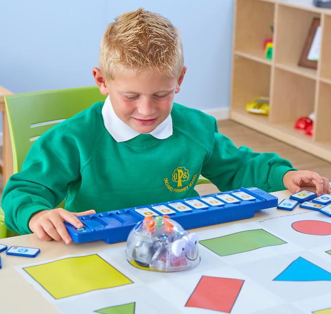 materiales didacticos para el aprendizaje de codificacion y programacion de software en niños